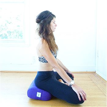 Gayo Yoga Meditation Bolster in Purple